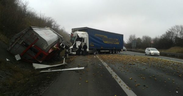 LKW Unfall Göttingen Kartoffeln